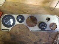 Quicksilver boat gauges and dashboard