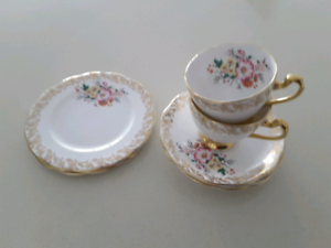 Cup, Saucer, Plate Broadbeach Waters Gold Coast City Preview