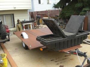 6 FT X 8 FT FLAT BED TRAILER---COMPLETLY RE-BUILT
