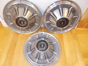 """VINTAGE  1960's FORD GALAXIE 15"""" HUBCAPS"""