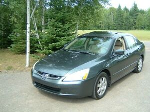 2005 Honda Accord exl Sedan, never smoked in, new honda trade