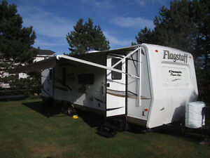 Flagstaff  Classic Super Lite 31' Travel Trailer