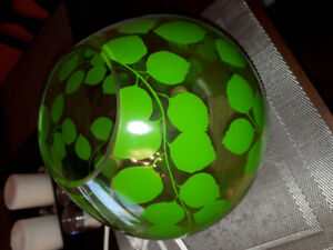 GREEN NATURE THEMED LAMP