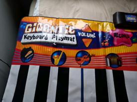 Gigantic keyboard