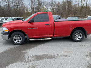 2011 Ram 1500 2 door Reg Cab-8 FT LONG BOX -112,00 kms-