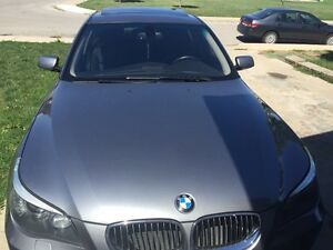 2008 BMW 528 xi fully loaded navigation and Bluetooth