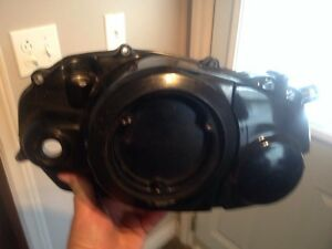 RZ 350 Yamaha  manual and left side cover London Ontario image 2