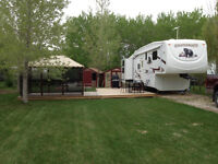 5th Wheel with bunk room Excellent Condition