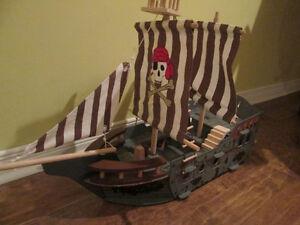 Bateau de pirate Imaginarium