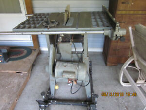 Need a great table saw for your projects, can't beat this price