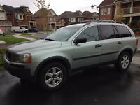 2004 Volvo XC90 SUV 7 seater $6000 OR BO **New Tires**