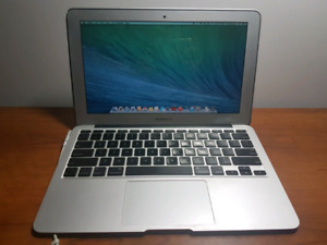 11.6-inch Macbook Air GREAT CONDITION