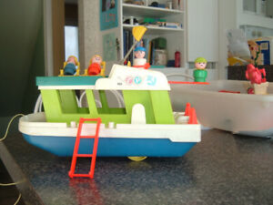 Fisher -Price Bateau (houseboat) années 70