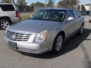 2006 CADILLAC DTS FULLY LOADED A MUST TO SEE rust free .