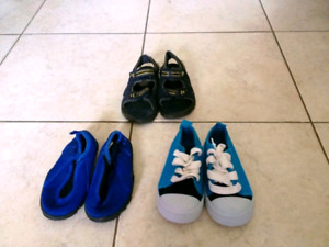 Toddler boy shoe lot size 7