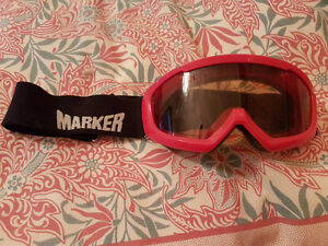 Ski/ Snowboard Goggles (Marker)