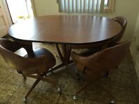 Retro 8pc kitchen table and chair set