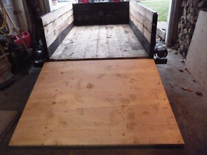 UTILITY TRAILER 8 FT 2 IN. X 4 FT 8 IN. WIDE VERY SOLID