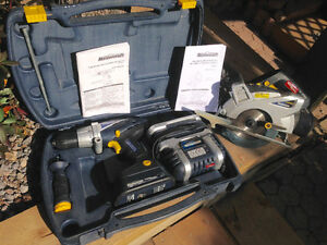 MASTERCRAFT 18V DRILL AND SAW SET ...LIKE NEW