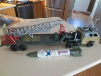 TRUE HEROES JUMBO ROCKET TRANSPORT PLUS MORE