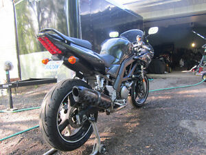 SV650S FOR SALE: A CLEAN, ACCIDENT FREE, GREAT STARTER BIKE!