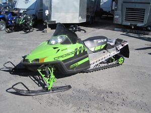 Artic Cat Crossfire 800 Sno Pro LTD 2011 avec seulement 76 miles