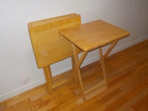 4 wooden folding tables