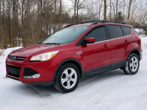 2013 Escape SE AWD with Nav and 2.0 Ecoboost