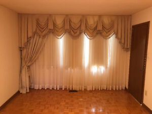 10 Sets Of Drapes abs Curtains $250.00