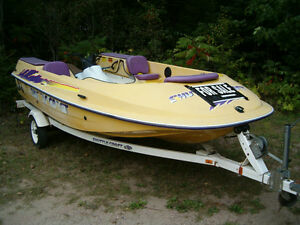 YAMAHA WAVERUNNER & SHUTTLECRAFT + TRAILER