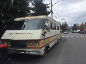 1978 Dodge Travel Queen 30'