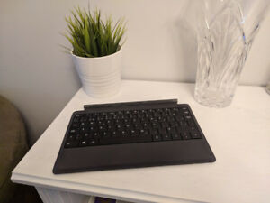 Microsoft Surface Pro 2, 1 Tablet Black Battery Power Keyboard