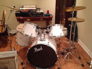 X-Pearl 5 pce Drum Kit Brand new, has to go!
