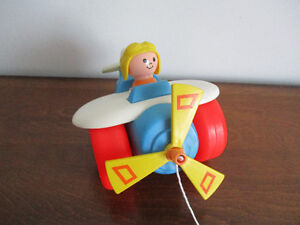 Avion  Traction  Fisher Price  Vintage 1980