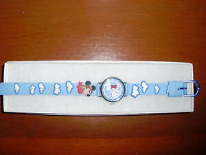 Children's DISNEY MICKEY MOUSE Watch (Analog) for Sale