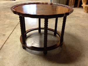 Antique Pie Crust Side/Coffee Table