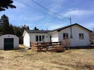 New Listing in New Harbour just $129,900!!
