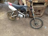 110 Pitbike for sale all running just needs new front and back break want quick sale 200 Ono