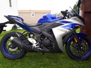 2015 Yamaha R3 $3500!