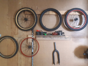 Bmx tires and pedals