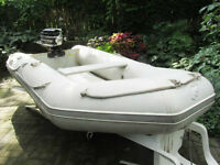 10 foot Quicksilver Mercury Inflateable with 6 hp Mercury engine