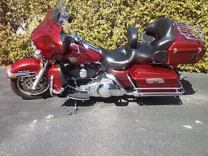 Harley Davidson FLHTCU electra glide