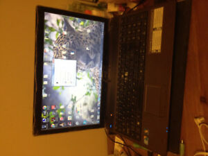 15.6' Acer Laptop i3 2.4Hz 4gb ram 650Gb Hdd