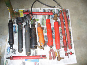 HYDRAULIC CYLINDERS - VARIOUS SIZES