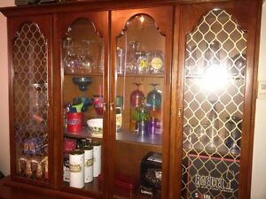 $250 OBO, China Cabinet - MUST GO ASAP!