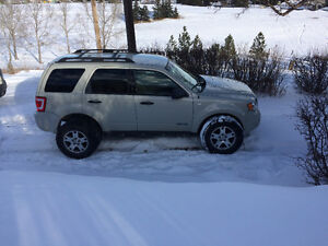 Ford XLT Escape, Beautiful, $ reduced, 1st reasonable offer