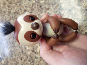 FINGERLING SLOTH by wowwee