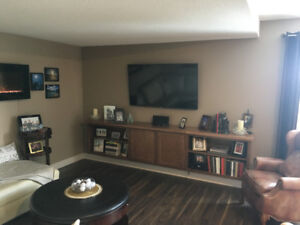 A great Opportunity in a great condo building!
