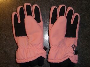 Children's gloves size small