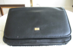 JUST an INEXPENSIVE CONVENIENT LITTLE BLACK CLUTCH BAG